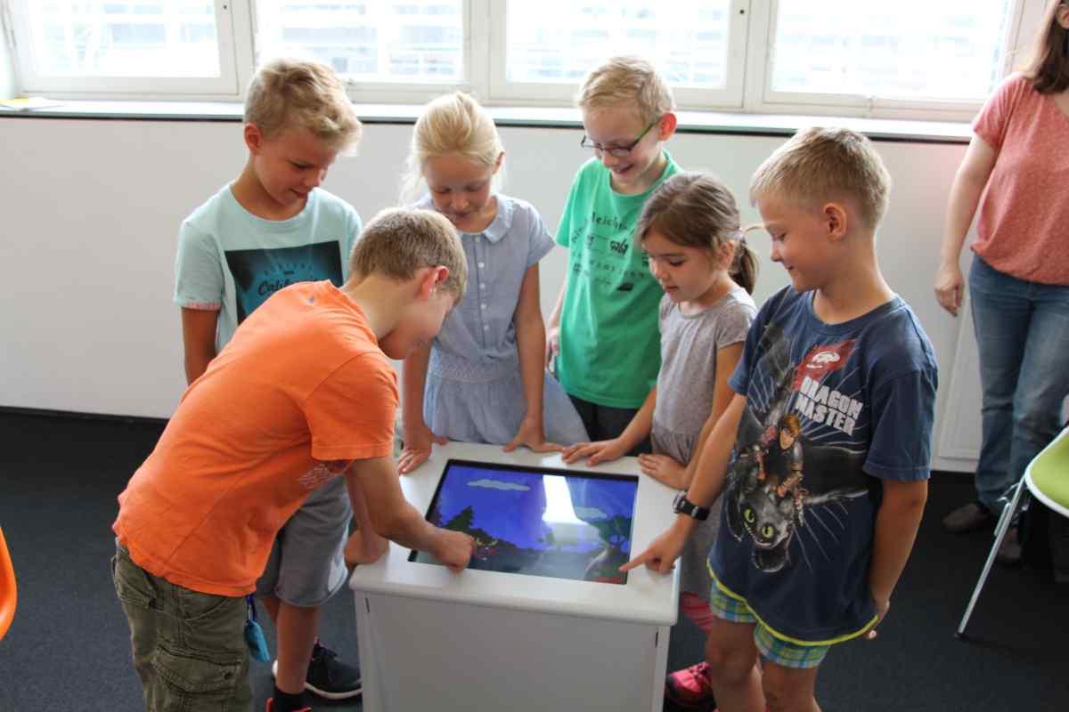 Kinder_beim_Spiel_3