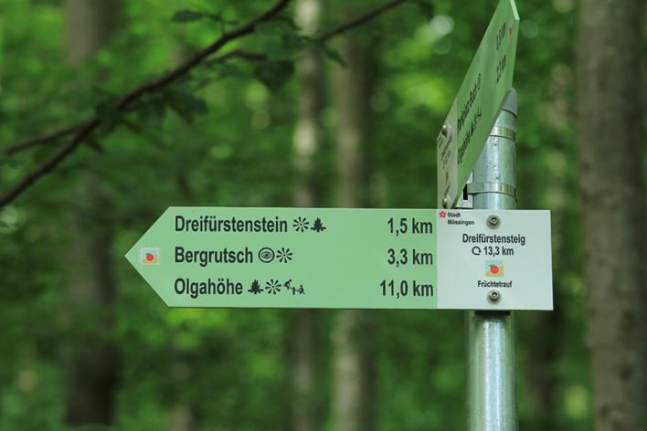 Wegweiser Dreifürstensteig (Armin Dieter)