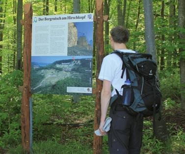Wanderer am Bergrrutsch (Armin Dieter)