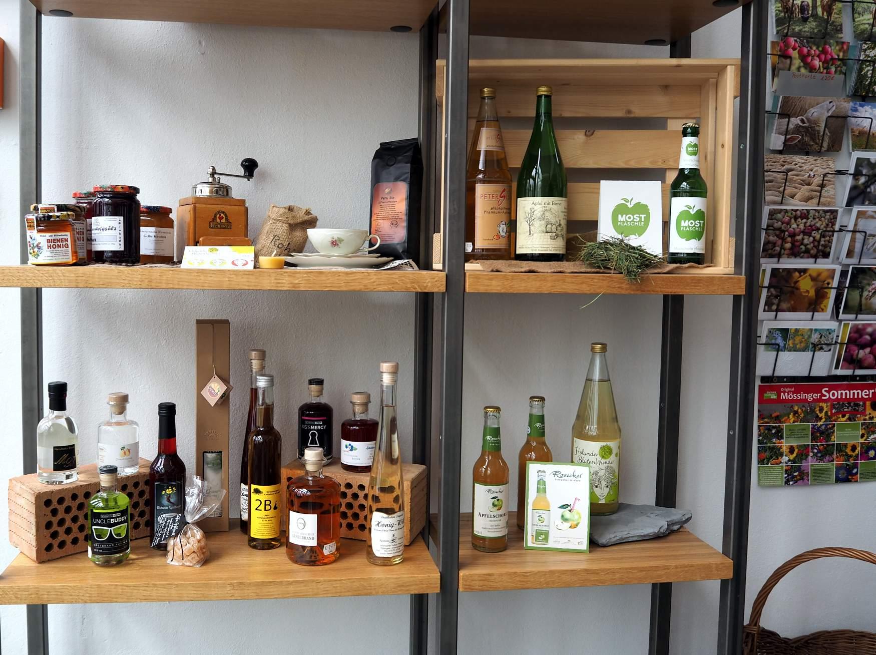 Regionales Produkte im Café Pausa