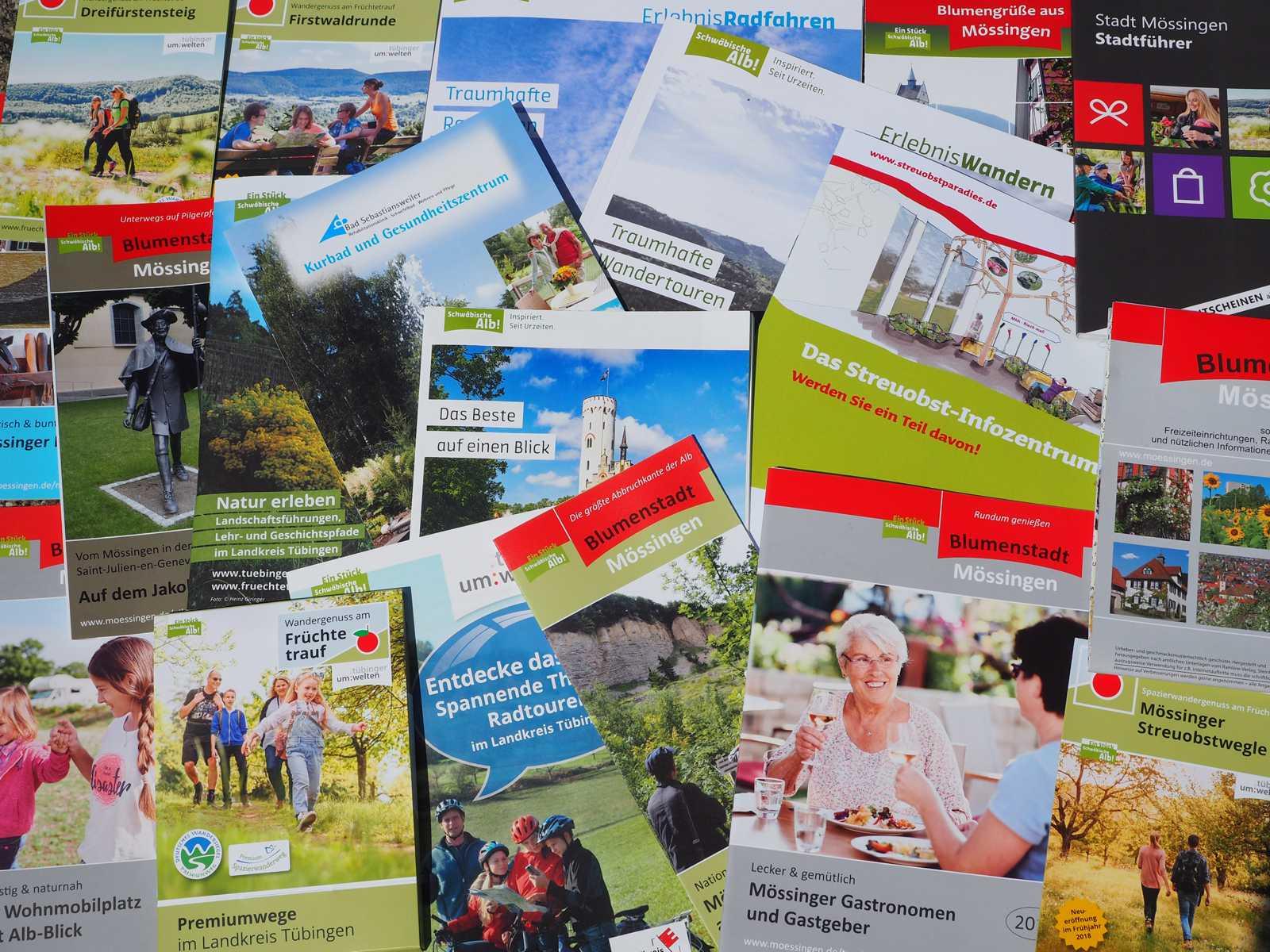 Prospektauswahl der Tourist-Info Mössingen