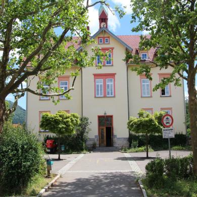 Oberdorfschule in Belsen