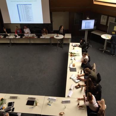 JV bei der fünften Sitzung