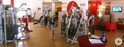 Unsere Fitnessgeräte und Bistro