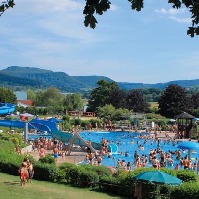 Ein Blick auf das gut besuchte Mössinger Freibad
