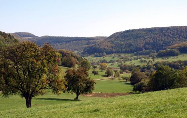 Blick vom Dreifuerstensteig zum Himmelberg ( (c) Armin Dieter)
